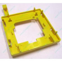Жёлтый держатель-фиксатор HP 279681-001 для крепления CPU socket 604 к радиатору (Киров)